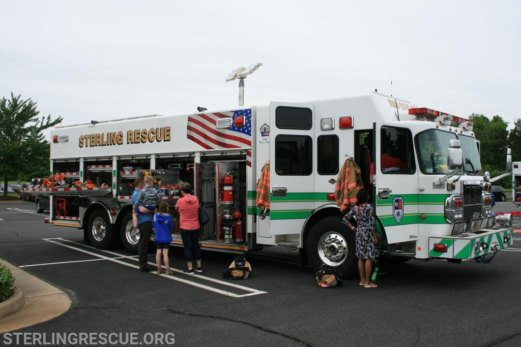 2019 Spring Open House at Dulles Town Center